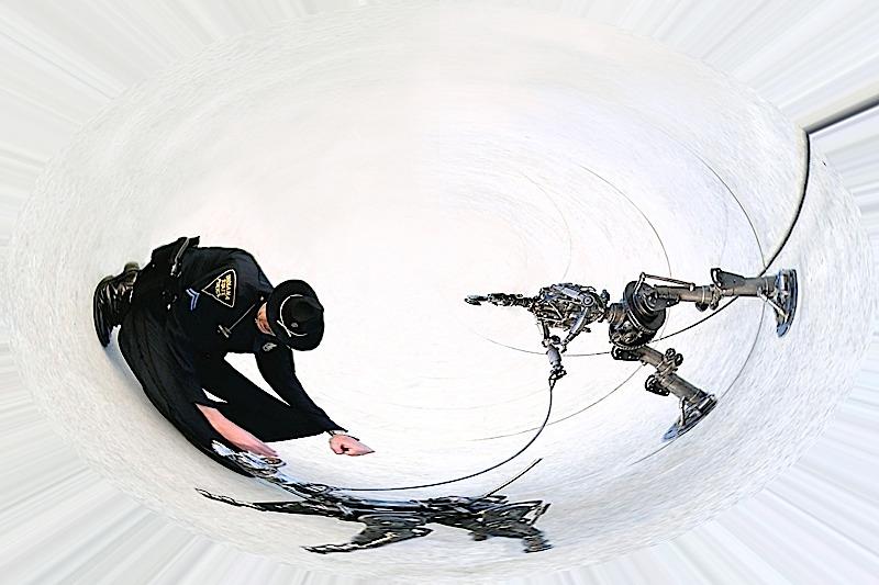 robot-and-cop1-copy