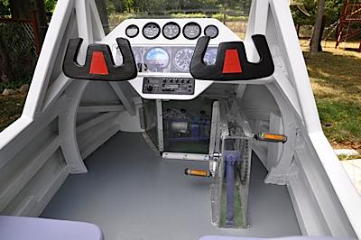 cockpit1-1
